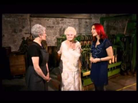 Jute Mill Chanters & Shifters - Dundee Woman....