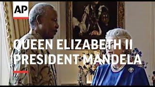 South African President Nelson Mandela Meets Queen Elizabeth II - 1998