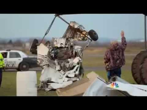 Skydivers describe escape from US plane crash