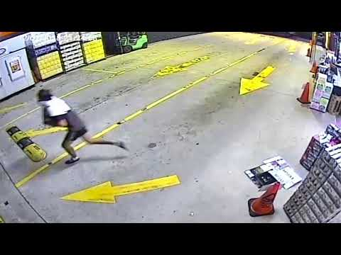 Thieves Assault Woman in Bottle Shop Robbery