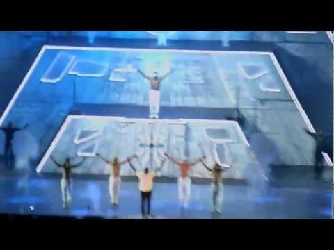 [HD] Chris Brown - Turn Up The Music, Carpe Diem Tour 12.6.2012 Amsterdam