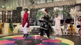 Mahira Khan is performing at Babar Zaheer ki mehndi
