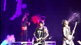 Life is beautiful - Sixx:A.M. @ T-Mobile Arena 10/28/16