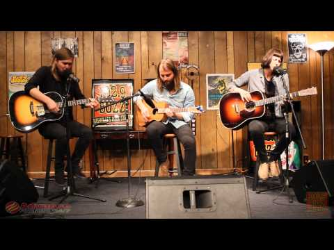 1029 The Buzz Acoustic Session: Band of Skulls  Hoochie Coochie