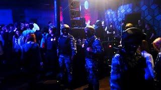 ОМОН останавливает танцы Коронавирус в России