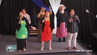 Gateway Worship Team 'God is Here' by Martha Munuzzi