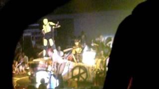rihanna last girl on earth tour laredo texas brings a fan on stage