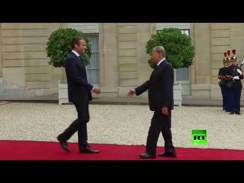 لحظة استقبال الرئيس الفرنسي لنظيره اللبناني في باريس  - نشر قبل 9 ساعة