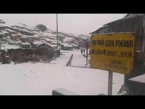 Snowfall at Gufapokhari (2890m), Sankhuwasabha