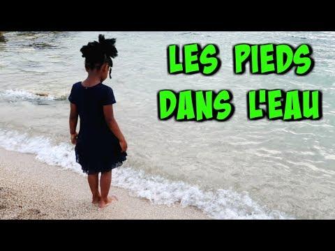 LES PIEDS DANS L'EAU - Vlog de Maman