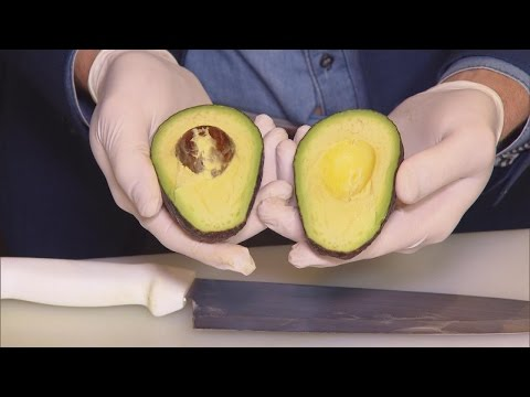 Thumbnail: How To Properly Cut An Avocado So You Don't Cut Yourself Like Meryl Streep Did