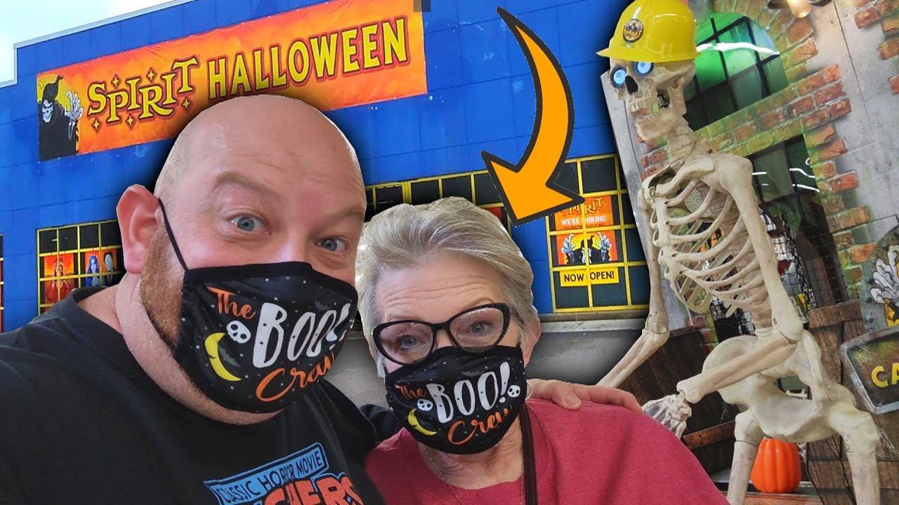 Download SPIRIT HALLOWEEN 2021 with MY WIFE !!