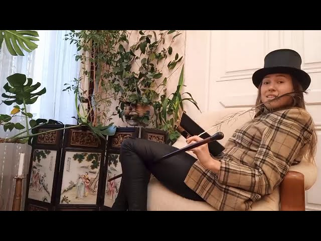 Изображение предпросмотра прочтения – ЛуизаПавлова читает произведение «Мне осталась одна забава…» С.А.Есенина