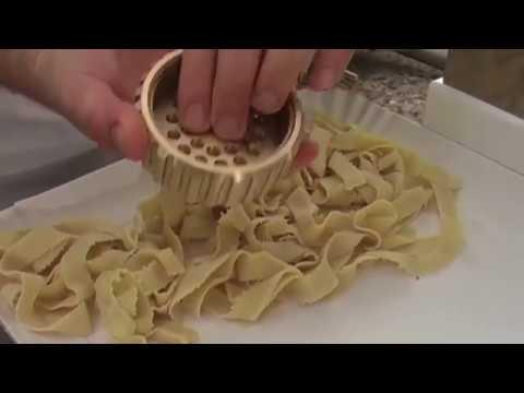 Macchina per pasta fresca vasca 2 5 kg monofase youtube - Impastatrice per pasta fatta in casa ...