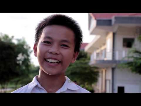 Slap her! (in Khmer) - វាយនាងចុះ!