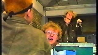 Underlicht? - RTVrdsuge Thrash studio (1992)