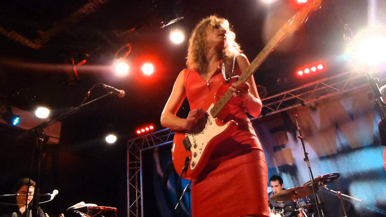 Voodoo Paris Ana Popovic - Navajo Moon - Live Paris 2014 - Youtube