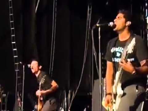 Sum 41   Summer Live   Readding Festival 2002