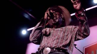 Robert Finley - Is It Possible To Love 2 People LIVE in Memphis