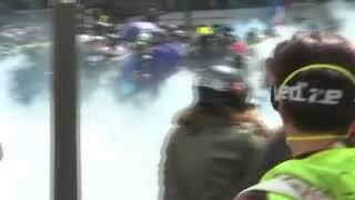 法国劳动节集会引发冲突 警方动用催泪瓦斯