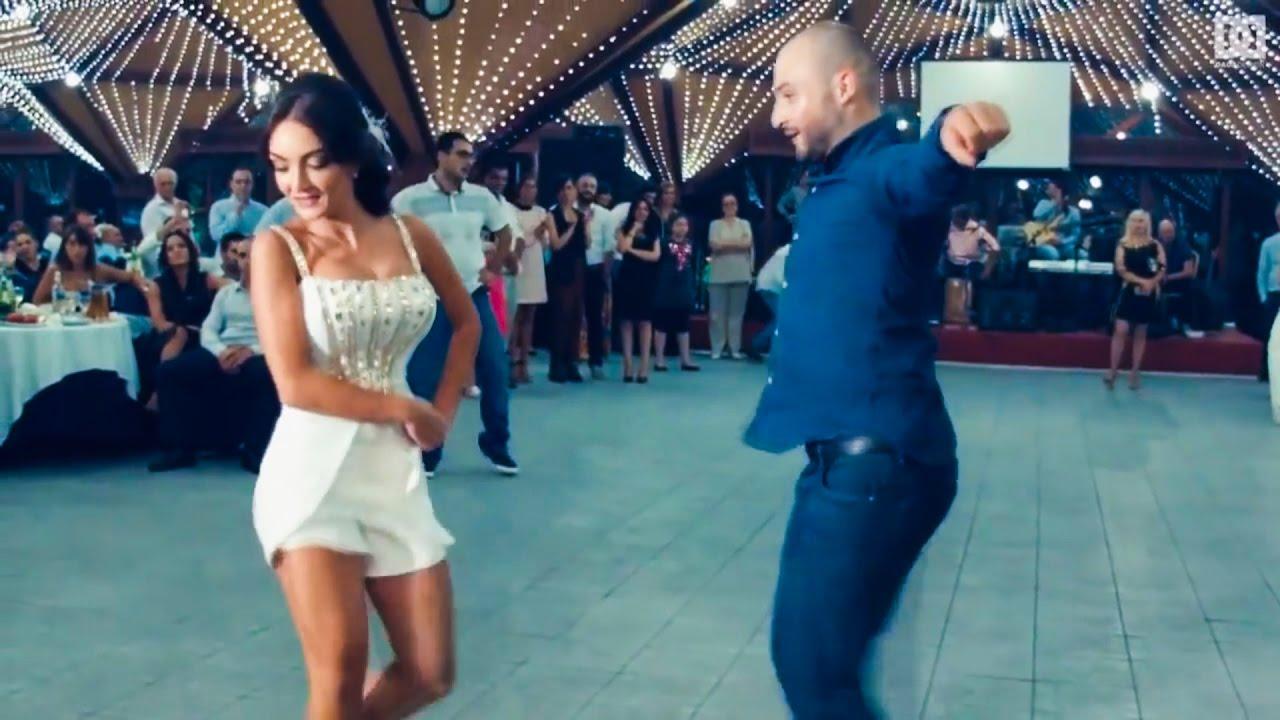 Русская пара красиво танцует фото 313-550