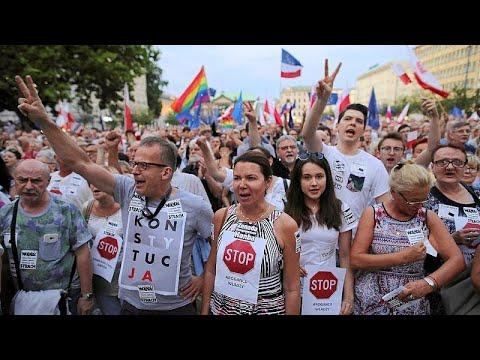 Poland's liberals push back against the conservative establishment