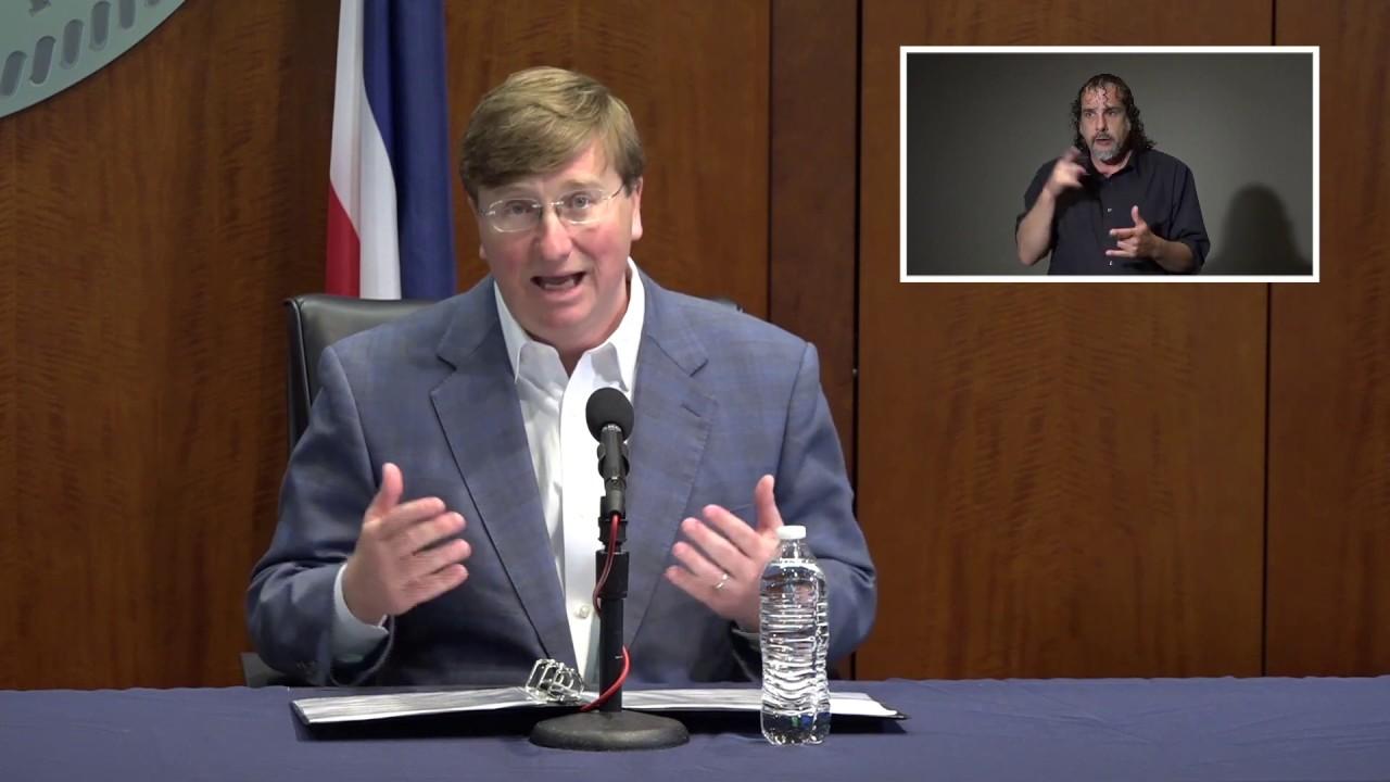 Mississippi gov rejects 'separate but equal' 2-flag plan