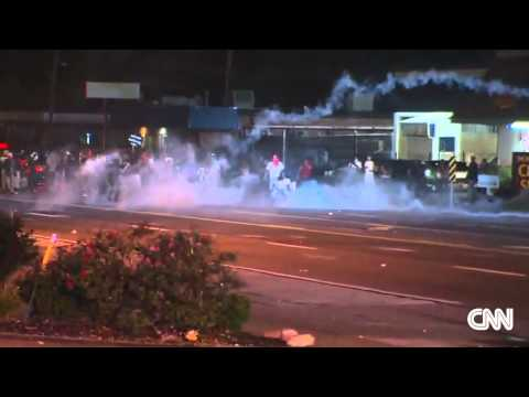 Violence erupts again in Ferguson, prompting call for National Guard