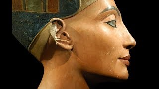 Nefertiti: Queen of Egypt - ROBERT SEPEHR