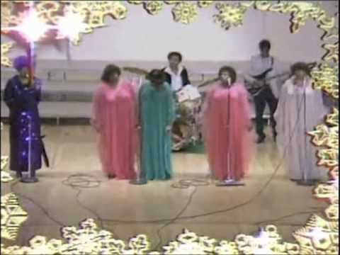 The Clark Sisters with Mattie Moss Clark - They Were Overcome (Rare Footage) 1981