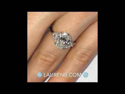 2.25-ct-oval-diamond-3-stone-engagement-ring