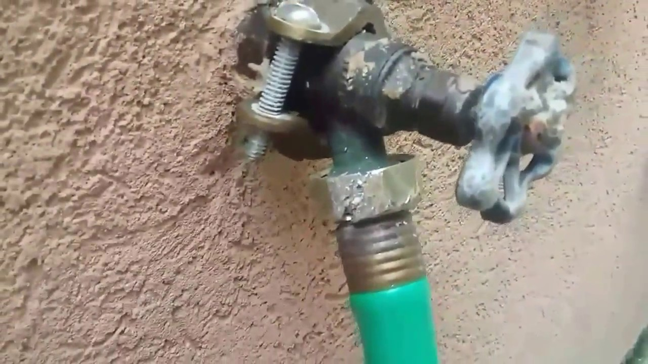How to remove a Stuck Garden Hose on a Outside Spigot, Faucet. A ...