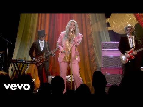 Kesha  Woman  Performance @ YouTube