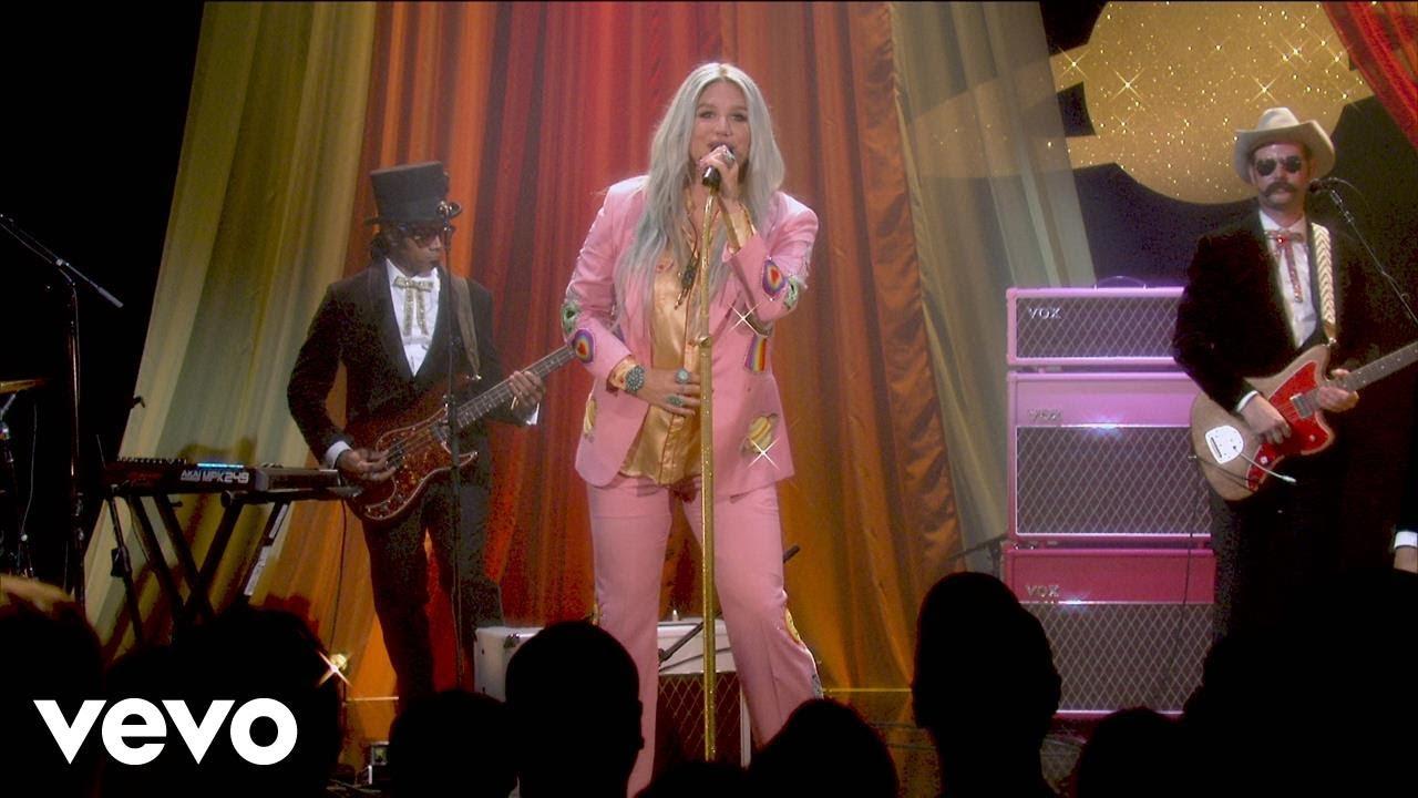 Download Kesha - Woman (Live Performance @ YouTube)