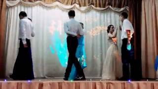 Вальс на выпускном вечере 😊 танец Within Temptation -All I Need