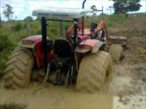 NEW HOLLAND S100 7630e MASSEY FERGUSON 292 at Travel Video