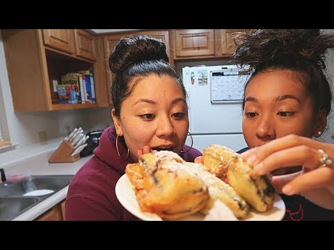 HOW TO MAKE DEEP FRIED ICE CREAM SANDWICHES!! | COOKING WITH TRITRI & RIRI