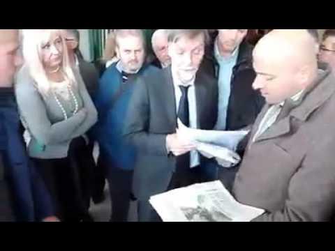 Graziano Del Rio in Terra dei Fuochi  Angelo Ferrillo consegna denunce dossier foto