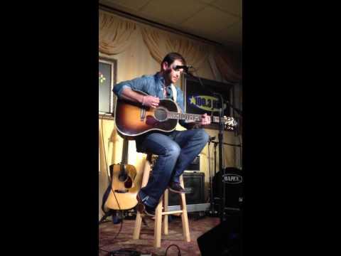Wade Bowen- Trouble (acoustic)
