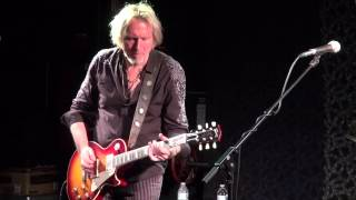 Watch Wishbone Ash Phoenix video