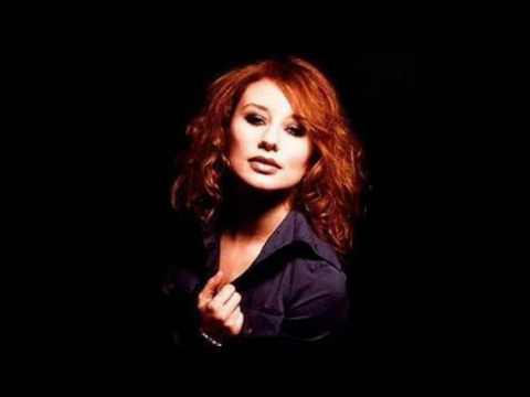 Tori Amos - Things Fuck Up Sometimes