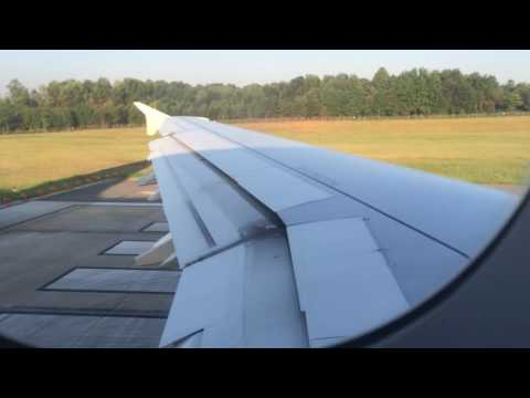 AA A321-257 taking off from Charlotte airport for Los Angeles