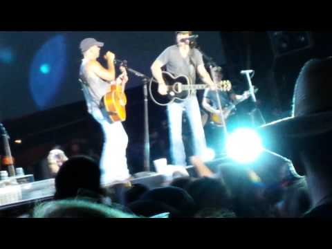 Kenny Chesney and David Lee Murphy