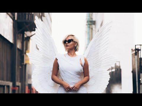 Bebe Rexha - Last Hurrah (Official Vertical Video) Mp3