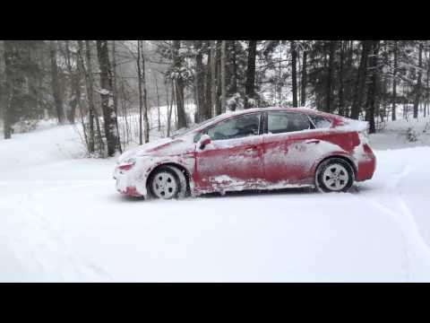 How Does Toyota Prius Perform In The Snow