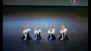 Танец маленьких лебедей )))