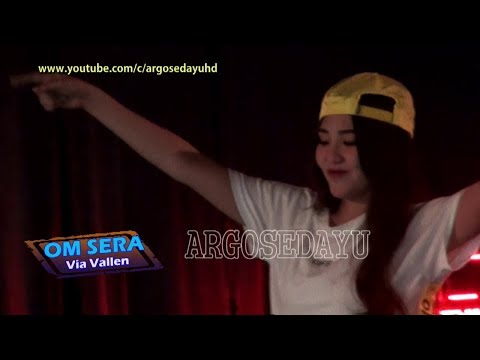 VIA VALLEN DESPACITO OM SERA Live THR Sriwedari Solo 2017