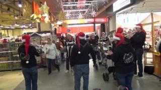 Au-Rugger Wiehnacht - Ensemble - MIGROS Bubendorf 2/4 - Flashmob