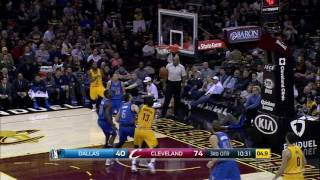 Kyrie Hits Jumper From Behind Backboard l 11.25.16