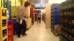 Pakolaiset kesätöissä S-marketissa 2009